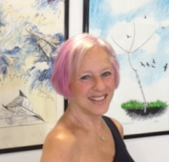 Picture of Joyce Arons Beymer at gallery show